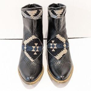 Sbicca women's black aztec ankle boots sz 7